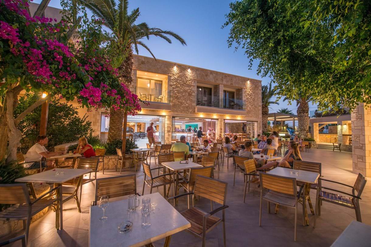 Risultati immagini per cactus beach creta ristorante